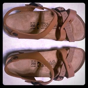 BIRKIES BY BIRKENSTOCK